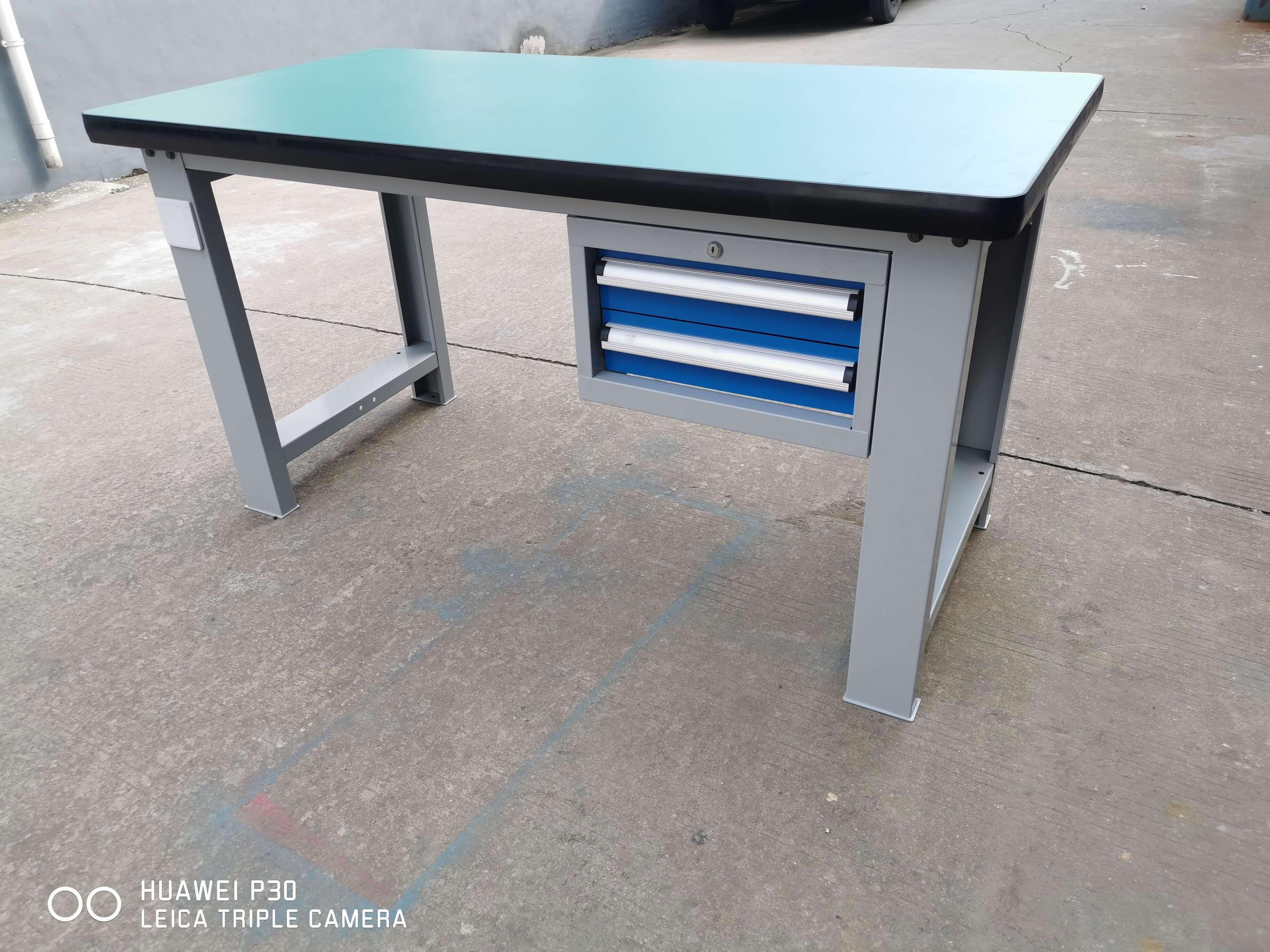 复合钳工桌