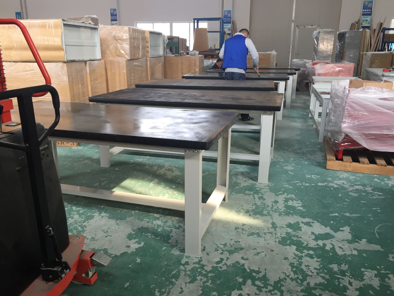 模具房钳工桌